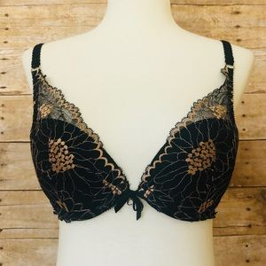 Chantelle Bra 32C Black Lace Push Up